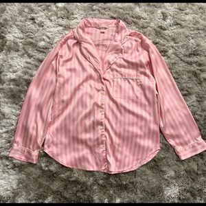 Victoria's Secret sleep shirt